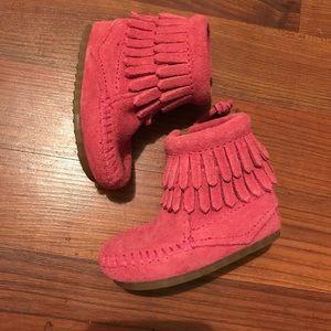 Minnetonka Shoes - Pink Minnetonka's